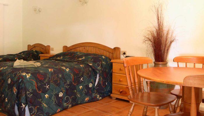 Bottlebrush Motel accommodation rooms Capella